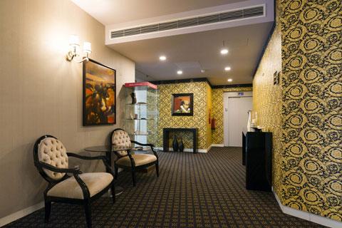 Hotel Lis Batalha - Mestre Afonso Domingues - Recepção 24 horas